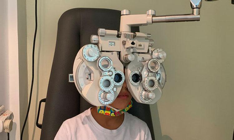 בדיקת-ראיה-והכנת-משקפיים-תוך-שעה-תל-אביב-שקוף